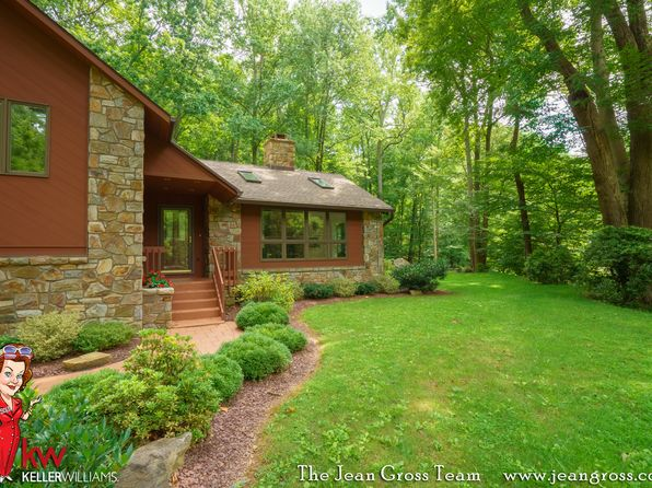 4 bed 4 bath Single Family at 1215 Dowlin Forge Rd Downingtown, PA, 19335 is for sale at 835k - 1 of 34