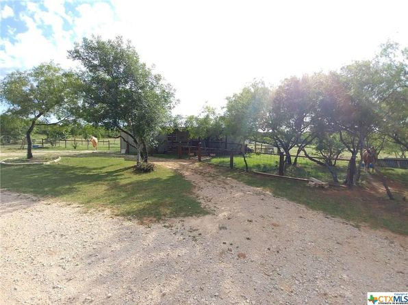 2 bed 1 bath Single Family at 4535 Jakes Colony Rd Seguin, TX, 78155 is for sale at 172k - 1 of 21