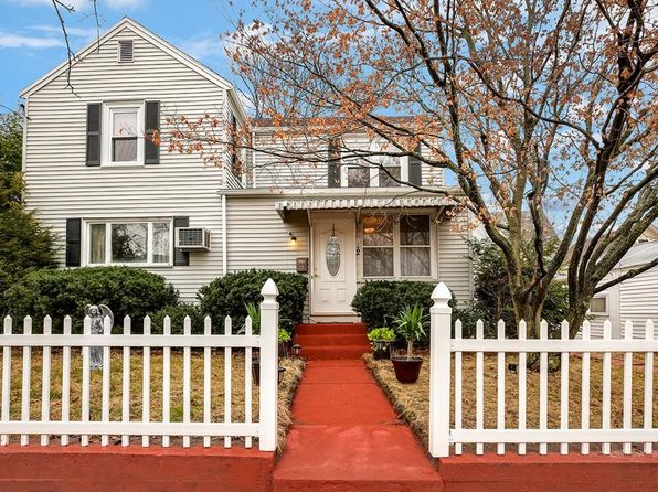 3 bed 3 bath Single Family at 12 Carter St Newtonville, MA, 02460 is for sale at 825k - 1 of 26