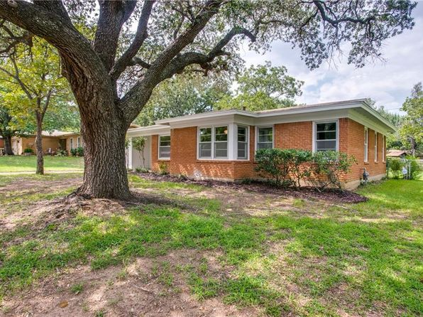 3 bed 2 bath Single Family at 6237 Kentwood Pl Fort Worth, TX, 76112 is for sale at 120k - 1 of 25