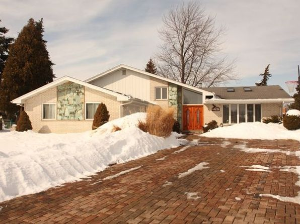 5 bed 3 bath Single Family at 14226 Winchester Ct Orland Park, IL, 60467 is for sale at 330k - 1 of 20