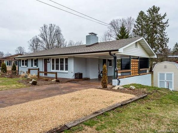 3 bed 1.5 bath Single Family at 2030 Cambridge Dr Hendersonville, NC, 28792 is for sale at 225k - 1 of 22
