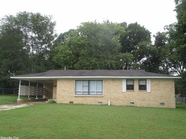 3 bed 1 bath Single Family at 707 N HICKORY ST SEARCY, AR, 72143 is for sale at 79k - 1 of 26