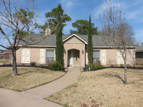 4 bed 2 bath Single Family at 8906 Rocky Ln Houston, TX, 77040 is for sale at 230k - 1 of 32
