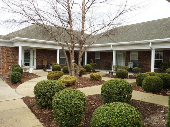 2 bed 2 bath Condo at 8615 Applegate Village Dr Louisville, KY, 40219 is for sale at 126k - google static map