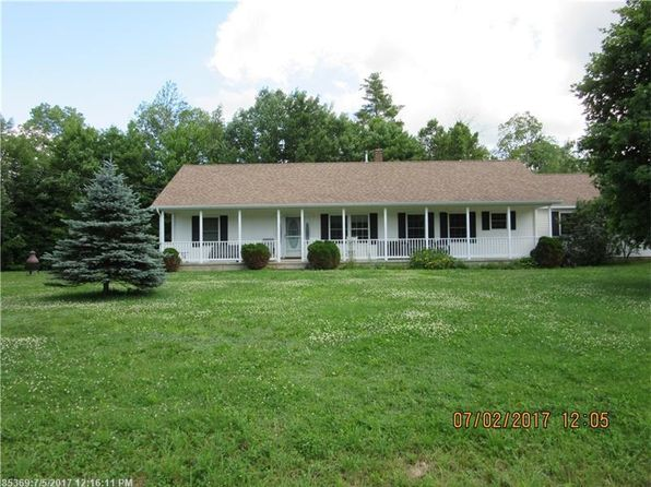 3 bed 2 bath Single Family at 29 OVERLOOK DR MILFORD, ME, 04461 is for sale at 204k - 1 of 33