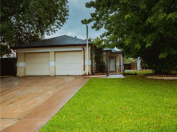 3 bed 2 bath Single Family at 2507 Butterfield Dr Fort Worth, TX, 76133 is for sale at 118k - 1 of 16