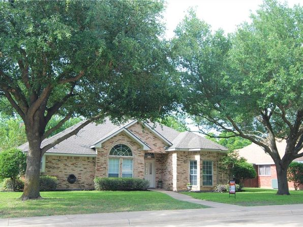3 bed 2 bath Single Family at 509 Windsor Way Rockwall, TX, 75087 is for sale at 240k - 1 of 28