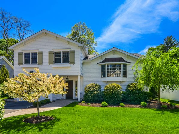 4 bed 2 bath Single Family at 390 Oakland Beach Ave Rye, NY, 10580 is for sale at 1.55m - 1 of 22