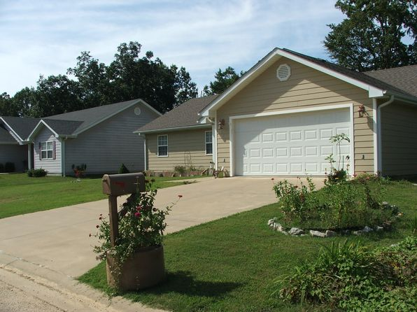 3 bed 2 bath Single Family at 135 TERRELL AVE Poplar Bluff, MO, null is for sale at 125k - 1 of 17