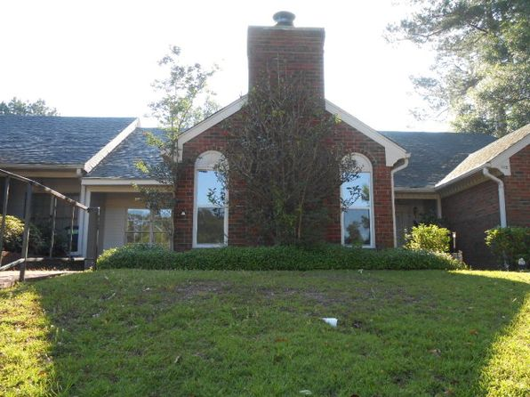 2 bed 2 bath Single Family at 104 Woodland Ridge Dr McComb, MS, 39648 is for sale at 119k - 1 of 13