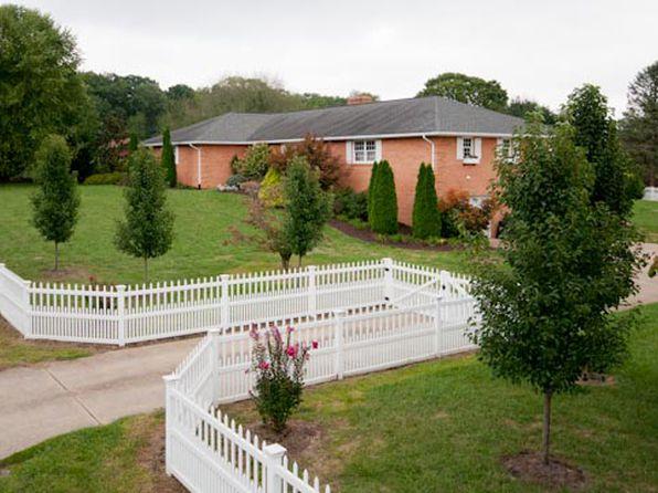 4 bed 3 bath Single Family at 156 Verbena Rd Shenandoah, VA, 22849 is for sale at 396k - 1 of 25