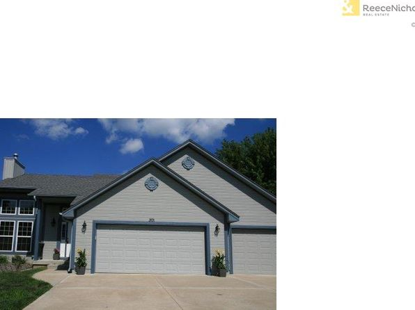 3 bed 3 bath Single Family at 301 Andrea Ln Harrisonville, MO, 64701 is for sale at 239k - 1 of 19
