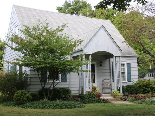 3 bed 1 bath Single Family at 2705 S 45th St Milwaukee, WI, 53219 is for sale at 140k - 1 of 24