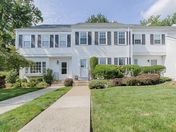 2 bed 2 bath Single Family at 77 Hampshire Dr Mendham, NJ, 07945 is for sale at 375k - 1 of 27