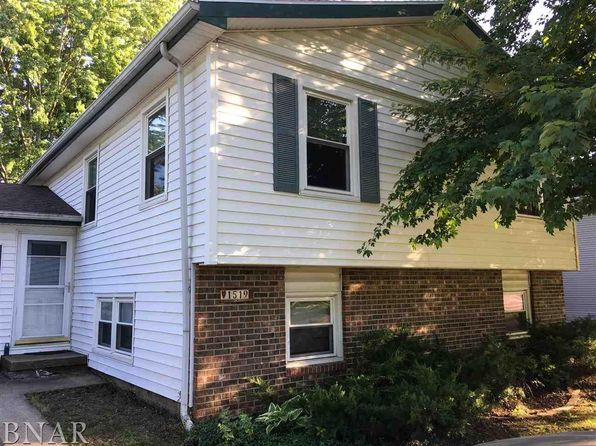 4 bed 2 bath Single Family at 1519 N Hershey Rd Bloomington, IL, 61704 is for sale at 120k - 1 of 17
