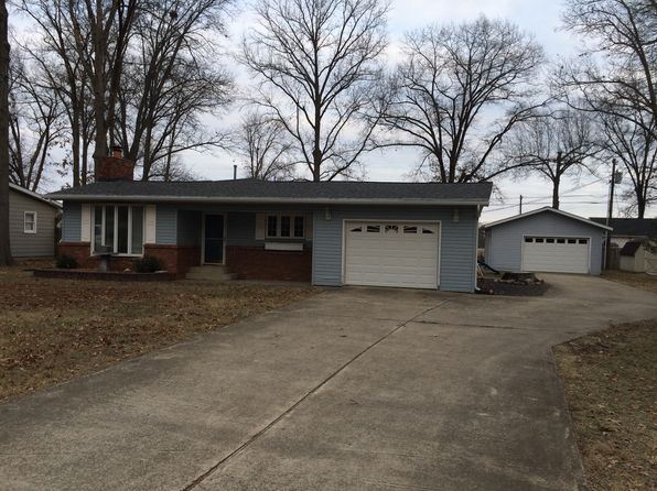 2 bed 1 bath Single Family at 274 Oak Tree Ave Salem, IL, 62881 is for sale at 89k - 1 of 10