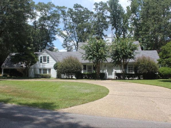 4 bed 4 bath Single Family at 1107 W 15th St Laurel, MS, 39440 is for sale at 269k - 1 of 34