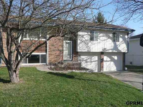 3 bed 2 bath Single Family at 5511 S 104th Ave Omaha, NE, 68127 is for sale at 145k - 1 of 8