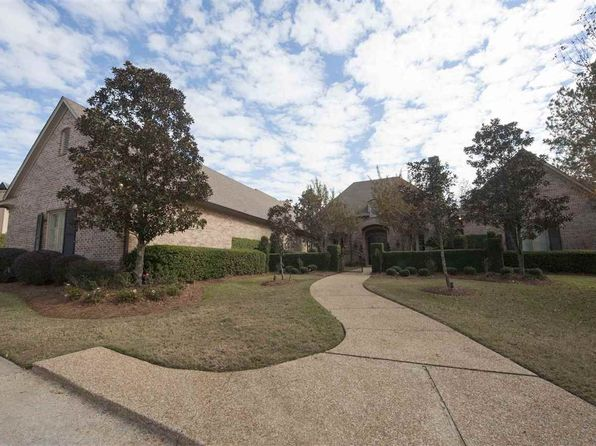 5 bed 5 bath Single Family at 154 Bridgewater Xing Ridgeland, MS, 39157 is for sale at 930k - 1 of 48