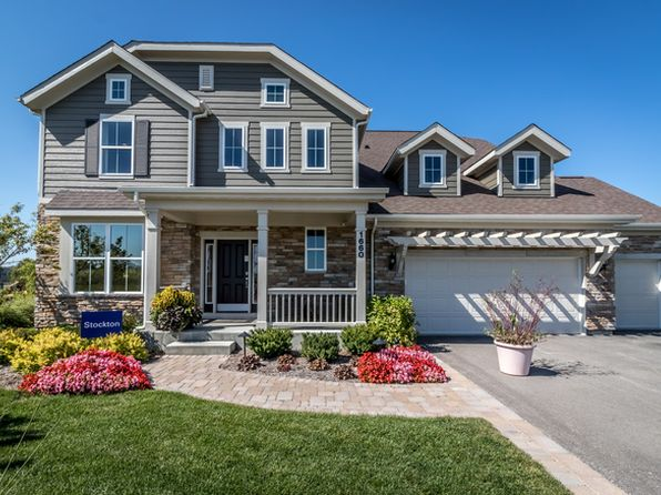 5 bed 4 bath Single Family at 1660 Creeks Crossing Dr Algonquin, IL, 60102 is for sale at 584k - 1 of 35