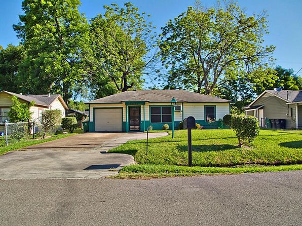 2 bed 1 bath Single Family at 7621 Fawnridge Dr Houston, TX, 77028 is for sale at 64k - 1 of 17