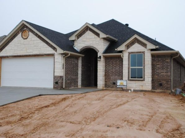 3 bed 2 bath Single Family at 235 Jacinth Ln Granbury, TX, 76049 is for sale at 250k - 1 of 14