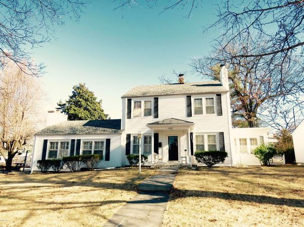 4 bed 1.5 bath Single Family at 1046 S Garrison Ave Carthage, MO, 64836 is for sale at 159k - 1 of 18