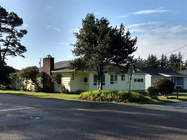 4 bed 2 bath Single Family at 803 Hamilton Ave Crescent City, CA, 95531 is for sale at 212k - 1 of 23