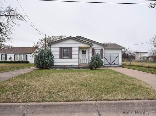 2 bed 1 bath Single Family at 732 W 3rd St Burkburnett, TX, 76354 is for sale at 45k - 1 of 10
