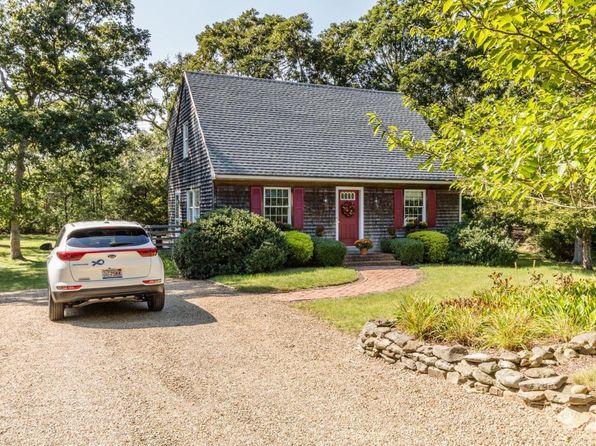 3 bed 2 bath Single Family at 15 Robins Nest Rd Edgartown, MA, 02539 is for sale at 699k - 1 of 17