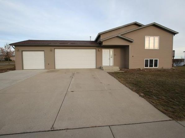 2 bed 2 bath Single Family at 4600 Kost Dr Bismarck, ND, 58503 is for sale at 240k - 1 of 9
