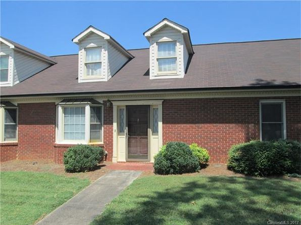 2 bed 2 bath Townhouse at 124 N Oakwood Dr Statesville, NC, 28677 is for sale at 135k - 1 of 22