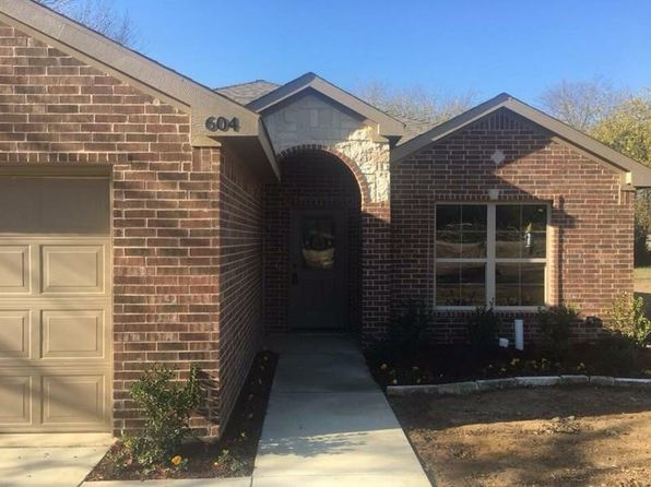 4 bed 2 bath Single Family at 104 MODENE ST SEAGOVILLE, TX, 75159 is for sale at 195k - 1 of 8