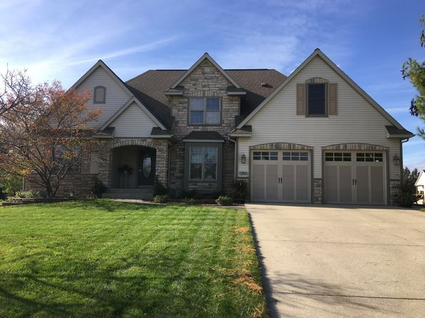 4 bed 4 bath Single Family at 1183 MID BLUFF DR ZEELAND, MI, 49464 is for sale at 435k - 1 of 15