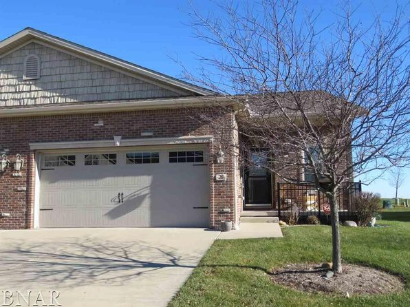 2 bed 2 bath Single Family at 25 Yukon Cir Bloomington, IL, 61705 is for sale at 220k - 1 of 26