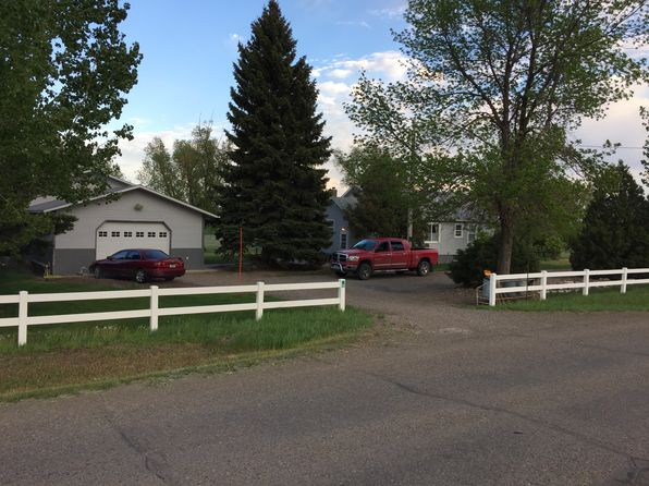 3 bed 2 bath Single Family at 8 Road 261 Glendive, MT, 59330 is for sale at 265k - 1 of 39