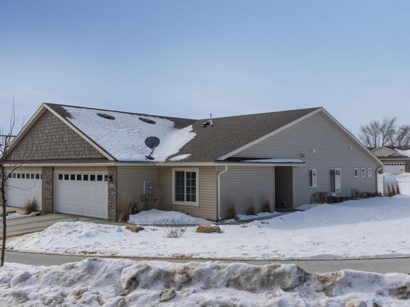 2 bed 2 bath Townhouse at 2685 Hawk Ridge Ct SE Rochester, MN, 55904 is for sale at 275k - 1 of 9
