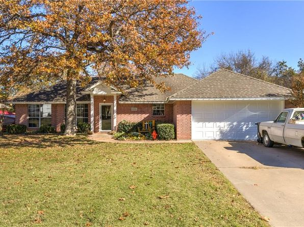 3 bed 2 bath Single Family at 3713 Winding Way Granbury, TX, 76049 is for sale at 185k - google static map