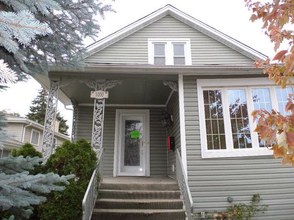 3 bed 2 bath Single Family at 1000 Graceland Ave Des Plaines, IL, 60016 is for sale at 220k - 1 of 12