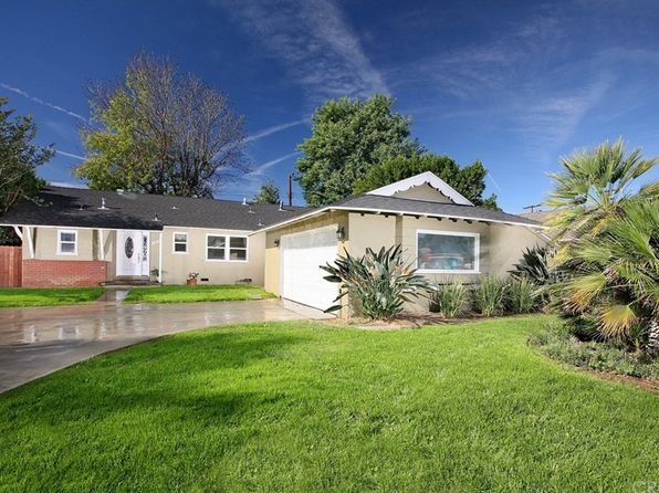 4 bed 2 bath Single Family at 8225 VARIEL AVE CANOGA PARK, CA, 91304 is for sale at 550k - 1 of 8