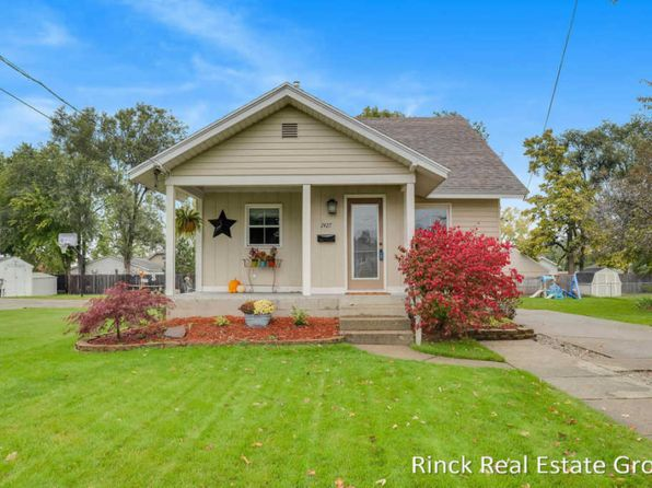 2 bed 1 bath Single Family at 2427 Lola St SW Wyoming, MI, 49519 is for sale at 125k - 1 of 24