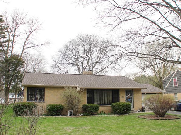 2 bed 2 bath Single Family at 8271 N 37th St Brown Deer, WI, 53209 is for sale at 120k - 1 of 16