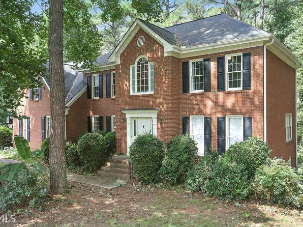 4 bed 3 bath Single Family at 4025 Colonial Trl SW Lilburn, GA, 30047 is for sale at 245k - 1 of 25