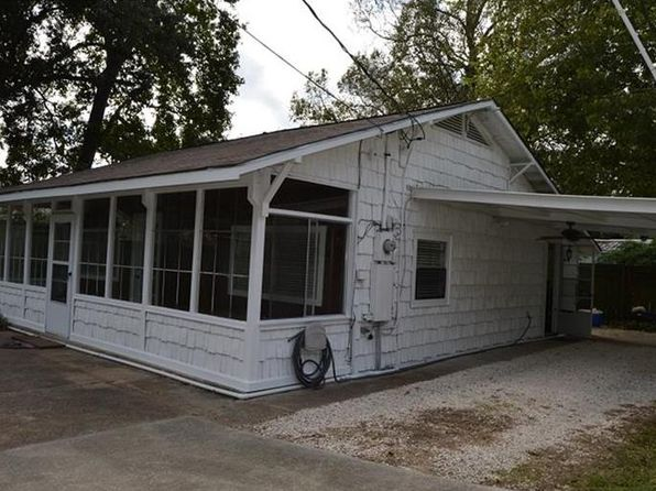 2 bed 2 bath Single Family at 204 N 6th St Highlands, TX, 77562 is for sale at 120k - 1 of 20