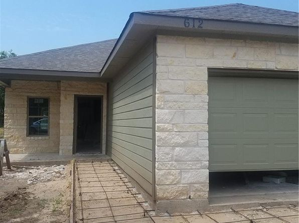3 bed 2 bath Single Family at 612 Houston St Pottsboro, TX, 75076 is for sale at 160k - 1 of 4