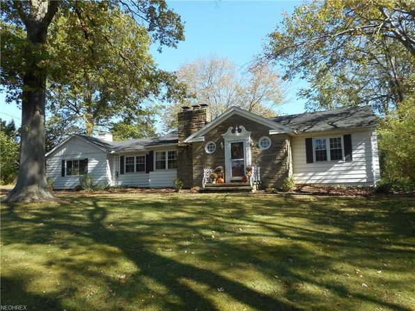 3 bed 1.5 bath Single Family at 3137 W Edgerton Rd Silver Lake, OH, 44224 is for sale at 225k - 1 of 28