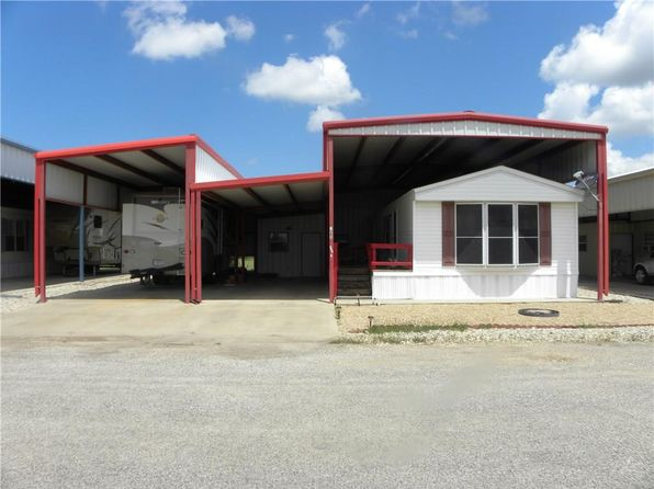 1 bed 1 bath Single Family at 123 Prevost Dr Whitney, TX, 76692 is for sale at 70k - 1 of 21