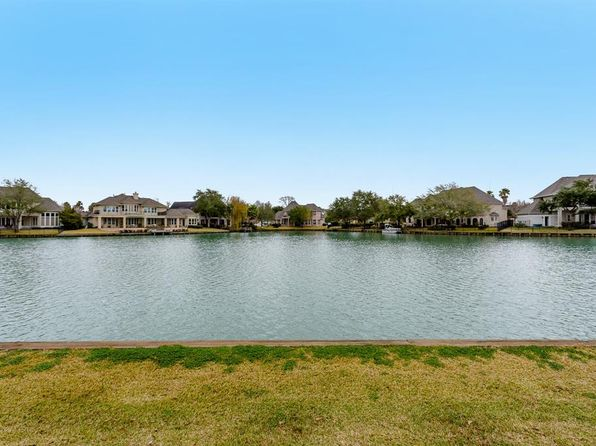 4 bed 4 bath Single Family at 2711 Lakeside Village Dr Missouri City, TX, 77459 is for sale at 375k - 1 of 28