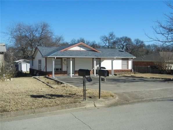 3 bed 2 bath Single Family at 916 Bourland Dr Fort Worth, TX, 76108 is for sale at 135k - 1 of 23